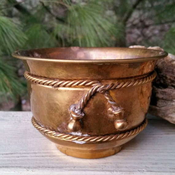 Brass Home Decor: Brass Planter With Brass Rope Bow Vintage Home Decor