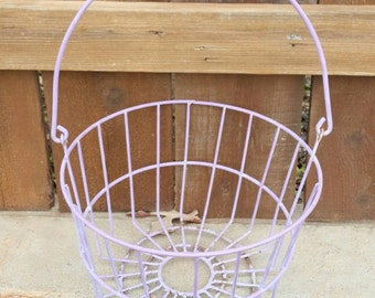 vintage wire gym locker basket old school by vintagejunqueamy. Black Bedroom Furniture Sets. Home Design Ideas