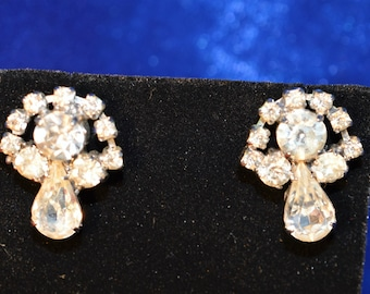 Vintage Clear Rhinestone screw on Earrings  ships in 24 Hrs