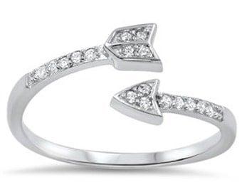 925 Sterling Silver CZ Arrow Ring