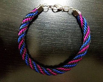 16 Warp Round Kumihimo Bracelet, Black, Magenta and Dark Blue.