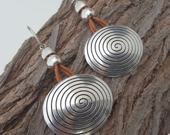 big leather Earrings Spiral