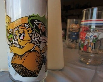 The Great Muppet Caper! Drinking Glasses Mc Donald's 1981 Fozzie Bear