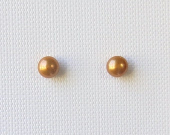 USA Freshwater Pearl Genuine Natural Earrings in a Rich Gold Solid Sterling Silver Post/Stud (ES65)