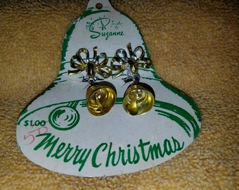 Vintage Christmas Bells Clip On Earrings - Jewelry by Suzanne