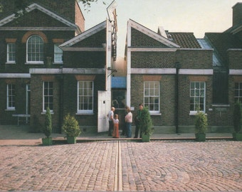 Old Royal Observatory, Unused Postcard, c1980s,  Greenwich, England, good shape