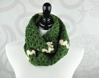Infinity Scarf - Green and Cream - Crochet