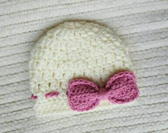 Baby girl gift, crochet baby hat, baby girl hat, baby gifts for girls, cream newborn hat, baby hat with bow, baby shower gift, 0-3 month