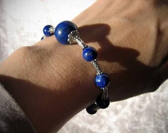 Vision in Lapis Lazuli bracelet