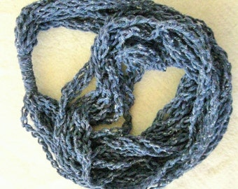 Women's scarf/necklace: grey-blue