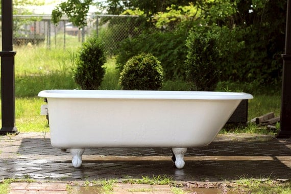 Large refinished white clawfoot bathtub 5 5 39 antique by for Porcelain clawfoot bathtub