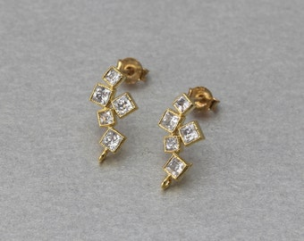 Cubic Square Post Earring . Polished Gold Plated . 10 Pieces / C9123G-010