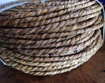 Twisted Sea Grass for basket weaving  bird toys crafts 10 feet