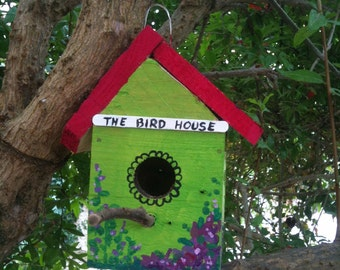 Birdhouse handmade from recycled wood pallets, bird nest, handmade birdhouse, reclaimed wood.