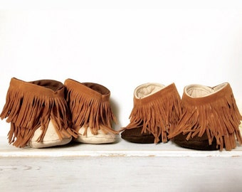 Fringe Baby Boots, baby boots, fringe baby booties, tan, brown, baby booties, boy, girl, neutral, baby moccasin boots, soft sole