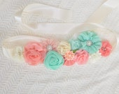 Maternity Sash, Peach & Mint Pregnancy Belt, Maternity Clothes / Accessories, Flower Sash, Photo Props Maternity, Baby Shower, Bump Pictures
