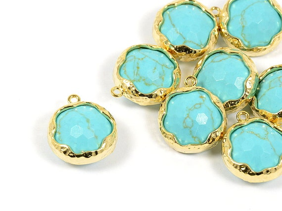 Turquoise Pendant, Round Turquoise Pendant with Hammered Finished Frame in Anti-tarnish Gold Plating  - 2 pcs/ order