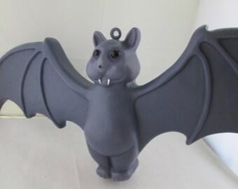RARE Don Featherstone Bat Lavender Bat Purple Bat Halloween Blow Mold Bat Halloween decor Union Products Blow Mold Halloween Bat blow mold