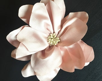 Big Light Pink Dog Collar Flower