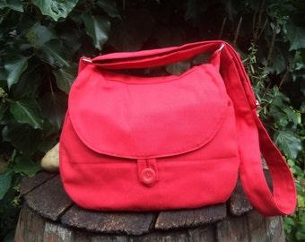 Bright red canvas shoulder bag,buttoned bag