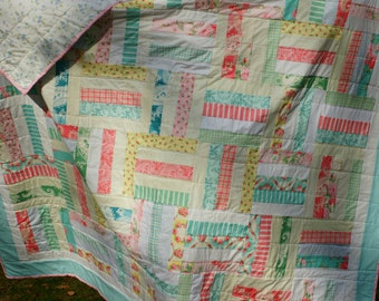 Shabby chic double size quilt. Full size quilt. Pink and blue quilt, vintage style quilt