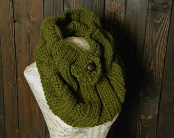 Forest Green Cowl, Cilantro Scarf, Knit Scarves, Women's Winter Wrap