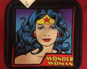 Wonderwoman   single pot holder oven mitt