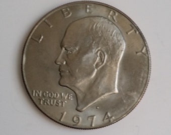 Amazing Vintage 1974 President Dwight Eisenhower One Dollar Coin.