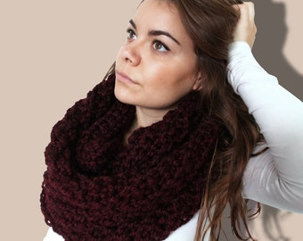 Chunky Knit Scarf - Maroon