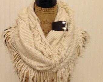 Womens Knit Infinity Scarf, Knit Winter Scarf, Womens Knit Infinity Scarf, Chunky  Knit Infinity Gray Scarf, Knitted Scarf, Knit Scarves