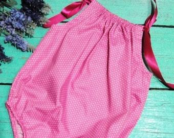Bubble romper - tiny pink polka dot