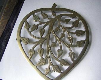BRASS   TRIVET  heart shape w/  leaves  (made in India)  4 legs w/ plastic coating