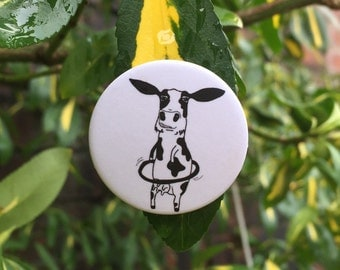 The hula hooping cow badge! 32mm matte pin badge