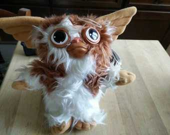 1984 Gizmo puppet from Gremlins movie, genuine Hasbro Softies