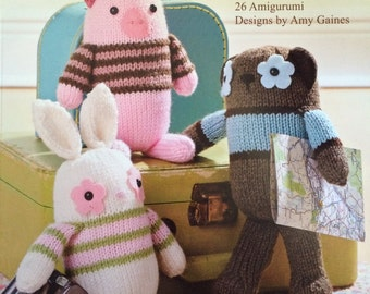 Little Knitted Creatures - 26 Amigurumi Designs by Amy Gaines - Paperback Book