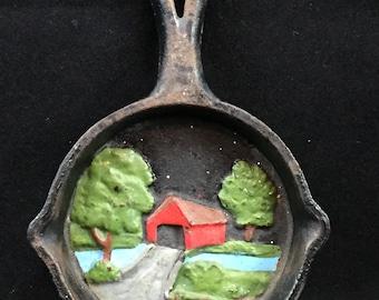 Miniaturecovered bridge cast-iron frying pan vantage