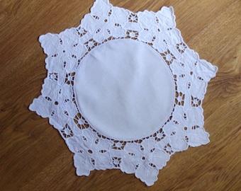 Polish Richelieu Linen Traycloth, Doily, Vintage White Dresser Scarf, cutwork embroidery, Polish linen Wedding richelieu embroidery 80's