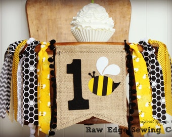 BEE High Chair Highchair Birthday Banner Bumble Bee Party Photo Prop Bunting Backdrop Garden Tea Cake Smash One First Custom Black Yellow