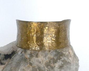Hammered Brass Cuff Bracelet, Vintage Brass Bracelet, Hammered Bracelet, Small Size Bracelet, Brass Cuff Bracelet, Simple Bracelet