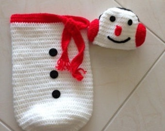 Hand crocheted snowman cocoon and hat (photo prop), 0-3 months