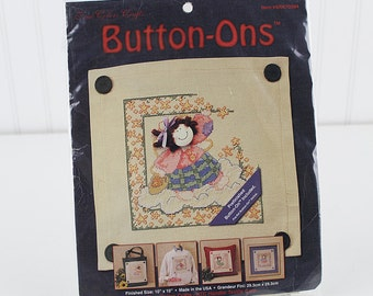 Catch a Falling Star Button Ons Counted Cross Stitch Kit,  Prefinished Button-On Included, K188