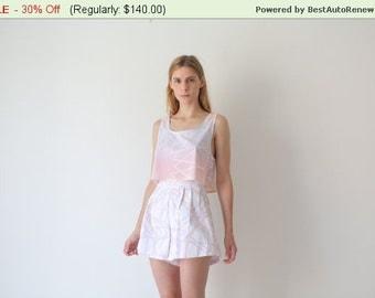 Summer SALE White shorts, high waisted shorts, high rise shorts.cotton shorts, printed shorts