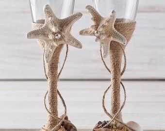 Champagne Glasses Nautical Wedding Toasting Flutes  Beach Wedding Flutes Bride and Groom Glasses with Starfish and Seashells