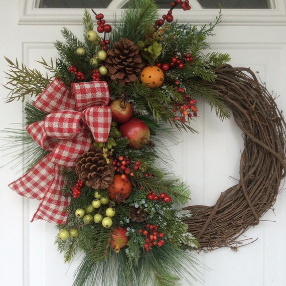 Christmas Wreath-Williamsburg Christmas-Holiday Fruit
