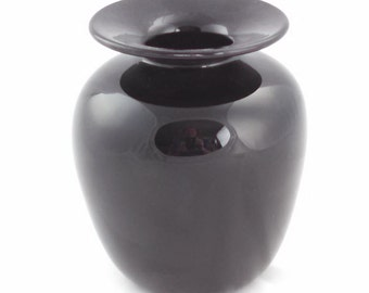 Nourot Glass Studio medium black glass vase, 1988