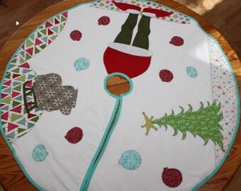 Merry Grinchmas Tree Skirt: Handmade High-Quality Christmas Tree Skirt