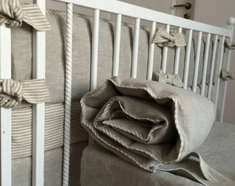 Gender neutral crib bumper /// Crib bedding, Nursery bedding, Cot bedding