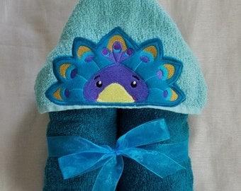 Peacock Hooded Towel.Kids Hooded Towel,Child's Hooded Towel,Personalized Hooded Towel,Hooded Bath Towel,Hooded Beach Towel,Kids Bath Towel