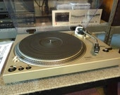 Technics SL-1700 - Restored Direct Drive Turntable - Polished Dustcover - Shure M95ED Cartridge New Stylus - Excellent Condition