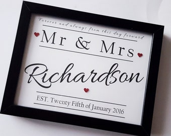 Personalised wedding gift, Mr and Mrs frame, just married, newlywed gift, new marriage gift, bride and groom present, anniversary gift